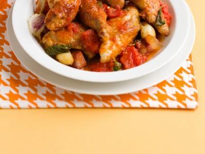 umido-di-pollo-al-lardo-con-i-pomodori