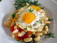 uova con fagioli al fiasco ricetta Sale&Pepe