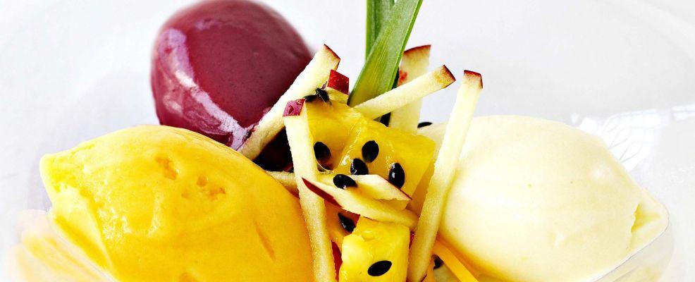 variazione-di-sorbetti-al-frutto-della-passione foto