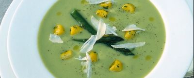 vellutata-di-asparagi-con-gnocchi