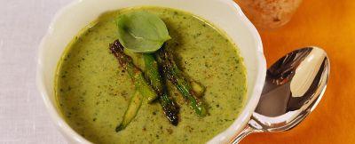 vellutata-di-asparagi-e-lattuga ricetta