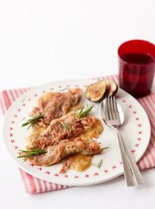 Vitello allo speck e rosmarino, in salsa di fichi