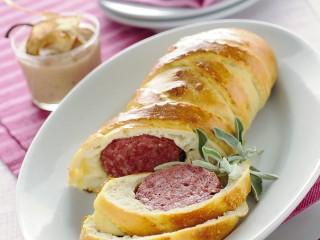 zampone-in-crosta-con-salsa-di-pere-alla-cannella ricetta