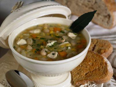zuppa di patate e cannellini
