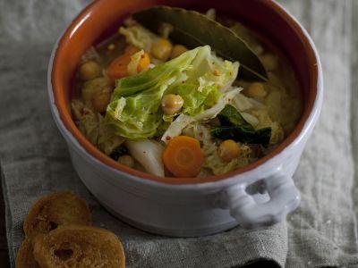 zuppa-di-verza-e-ceci