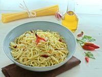 Pici aglio, olio e peperoncino