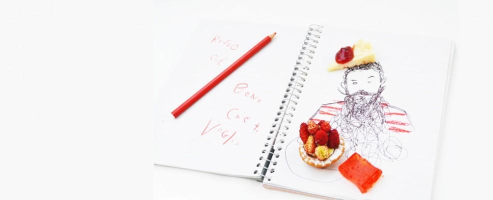 I taccuini con i disegni di Mattia Caracciolo fanno da scenografia ai piatti presentati di settimana in settimana
