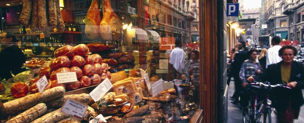 Negozio Tamburini in via Caprarie, Bologna (Foto © Atlantide Phototravel /Corbis)