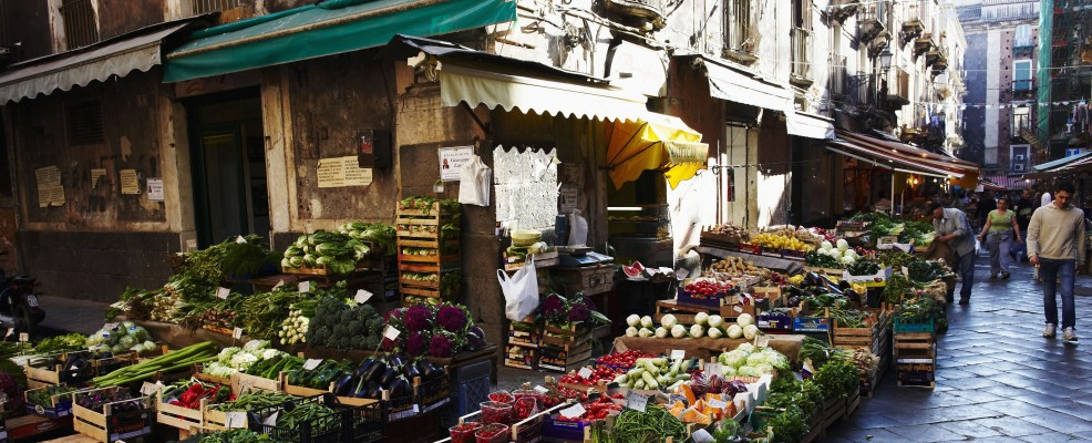 Catania (foto © Louis Laurent Grandadam /Corbis)