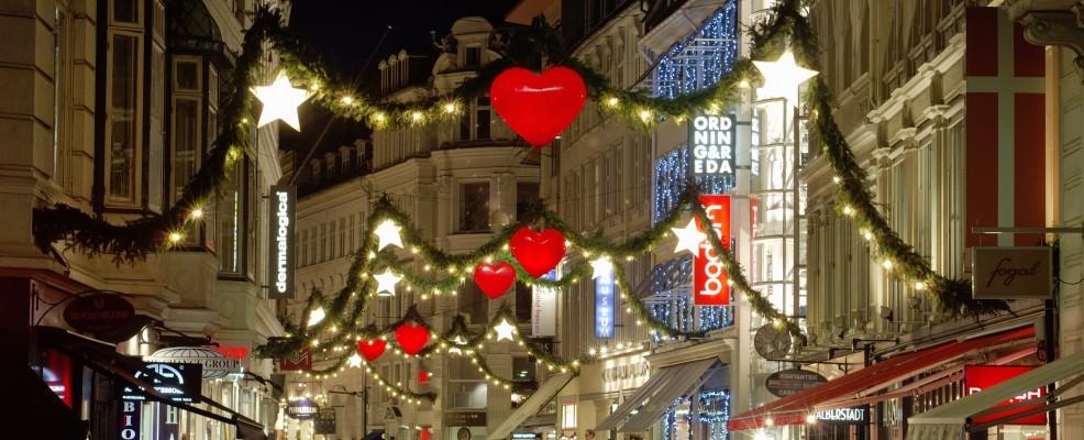 Natale a Copenhagen, nella via dello shopping Strøget (Foto © Sergio Pitamitz /Robert Harding World Imagery /Corbis)
