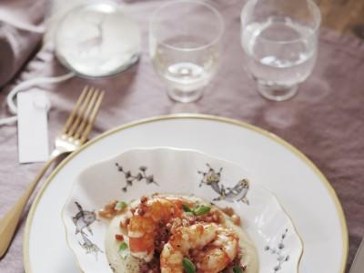 gamberoni-su-crema-di-fave-secche-e-pancetta-dolce