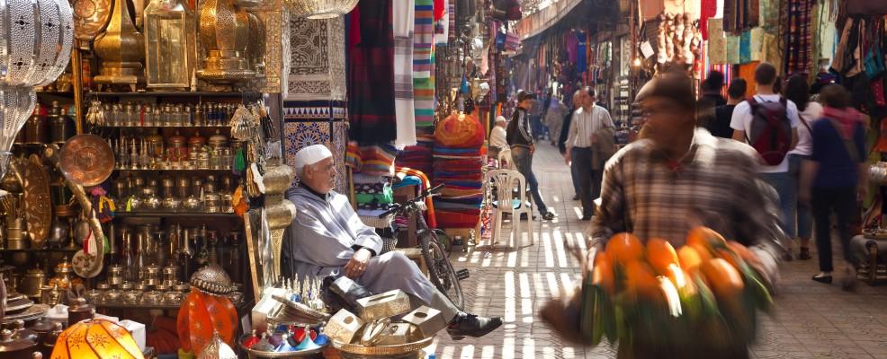 Souk di Marrakech (Foto © Peter Adams /Corbis)