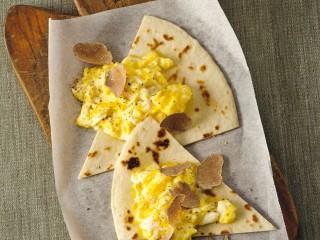 uova cremose con spicchi di piadina Sale&Pepe