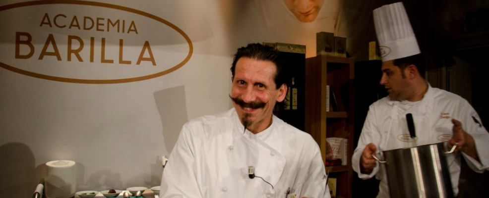 Armando Capochiani - Rigatoni con crema di scamorza al tartufo bianco