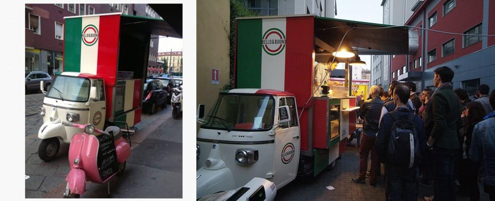 È tricolore l'ape car di Bello&Buono (gastronomia di viale Sabotino a Milano) e porta on the road nella città i cibi di strada napoletani.