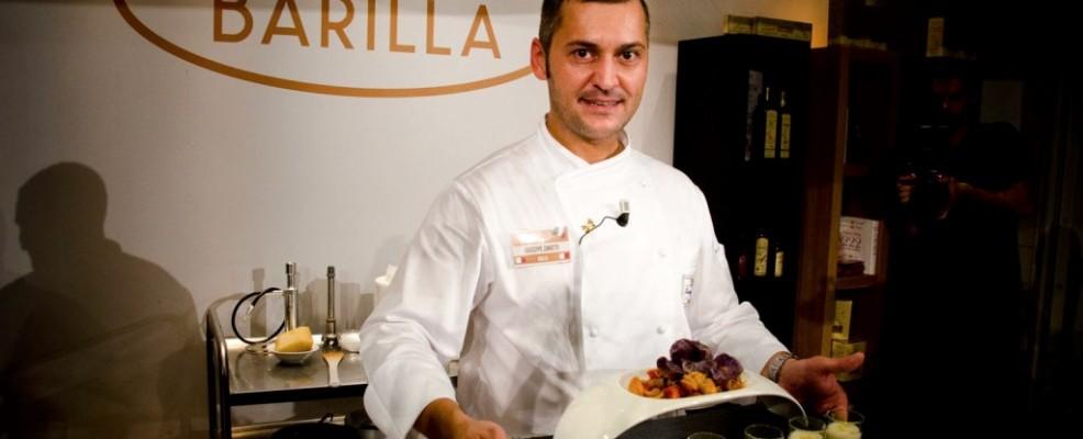 Giuseppe Zanotti - Orecchiette, crema di patate affumicate, salsiccia di maiale, essenza di aneto, chiosco di pane viola