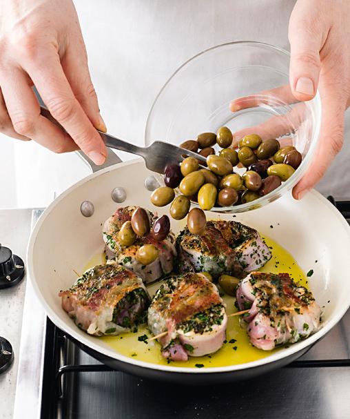 lombatine in porchetta con le olive Sale&Pepe foto