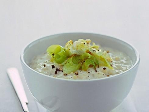 minestra-di-orzo-e-porri
