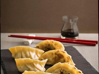 jiaozi cinesi alla piastra ricetta