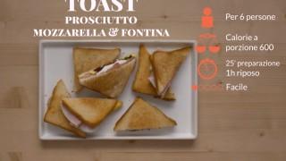 Toast con prosciutto, mozzarella e fontina