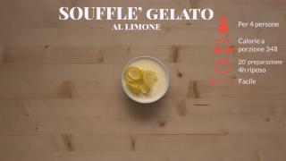 Il soufflè gelato cremoso al limone