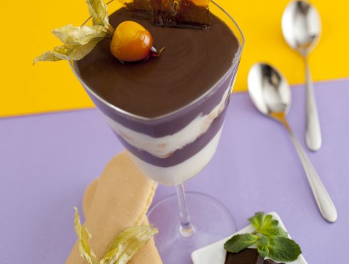Panna-cotta-al-cioccolato-e-menta-1