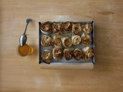 ricetta rose di pasta fillo alla frutta secca