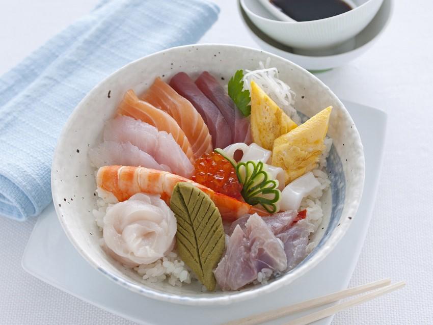 Chirashi sushi Sale&Pepe