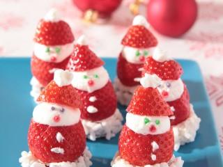 Babbo-Natale di fragole-panna