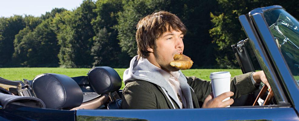 Mangiare guidando