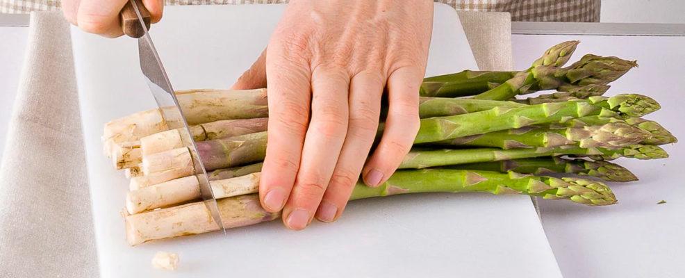 come cucinare gli asparagi sale pepe