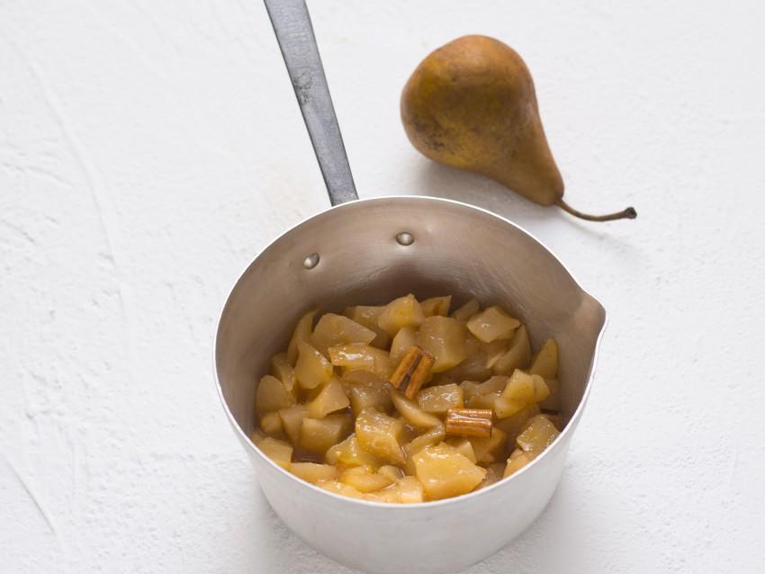 mousse di pere speziata al Moscato con cioccolato Sale&Pepe step