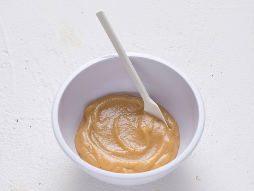 mousse di pere speziata al Moscato con cioccolato Sale&Pepe foto