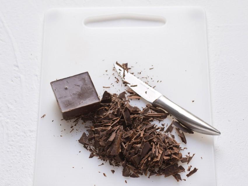 mousse di pere speziata al Moscato con cioccolato Sale&Pepe preparazione