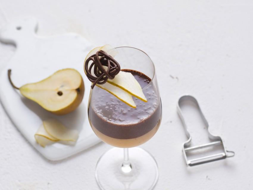 step mousse di pere speziata al Moscato con cioccolato Sale&Pepe