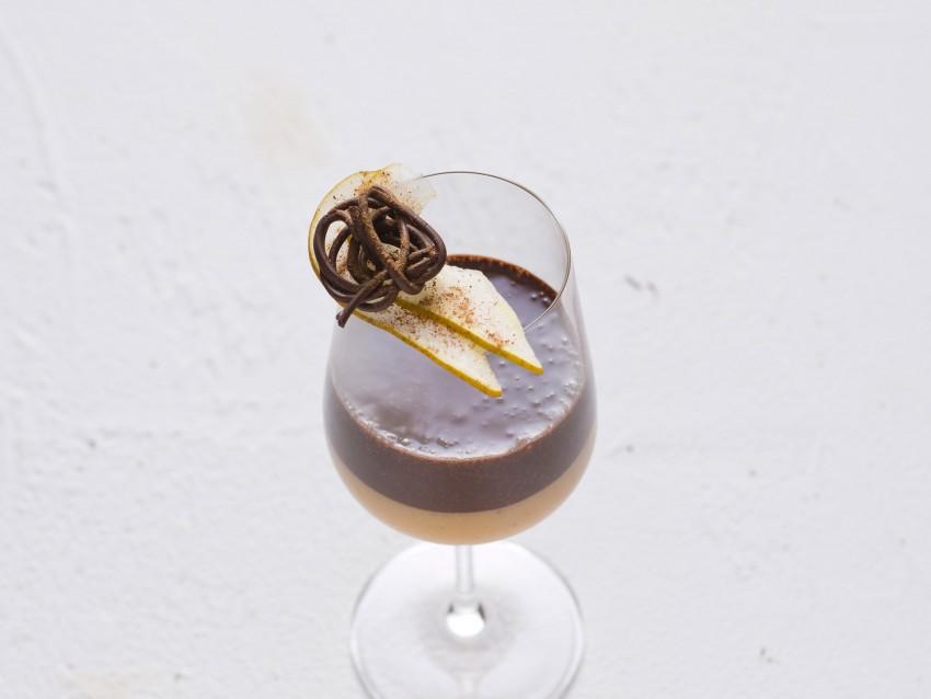 mousse di pere speziata al Moscato con cioccolato Sale&Pepe ricetta
