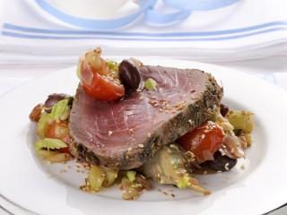 roastbeef di tonno con caponatina Sale&Pepe ricetta