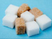 zucchero di canna e barbabietola