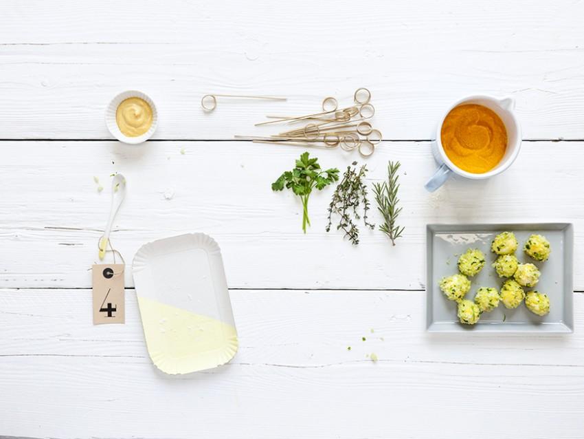 spiedini di uova di quaglia fritte con maionese di carote Sale&Pepe preparazione
