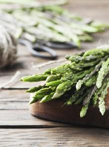 Come raccogliere e cucinare gli asparagi selvatici