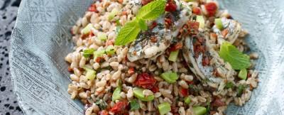 Farro-con-crema-di-zucchine-e-pesce-spatola