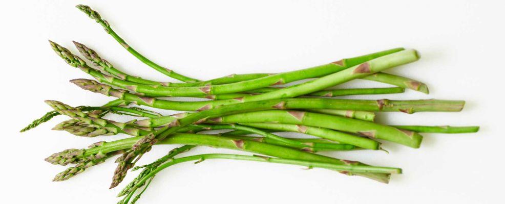 Come cucinare gli asparagi selvatici sale pepe for Cucinare asparagi