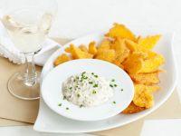 Le chips croccanti con mousse di porcini Sale&Pepe ricetta