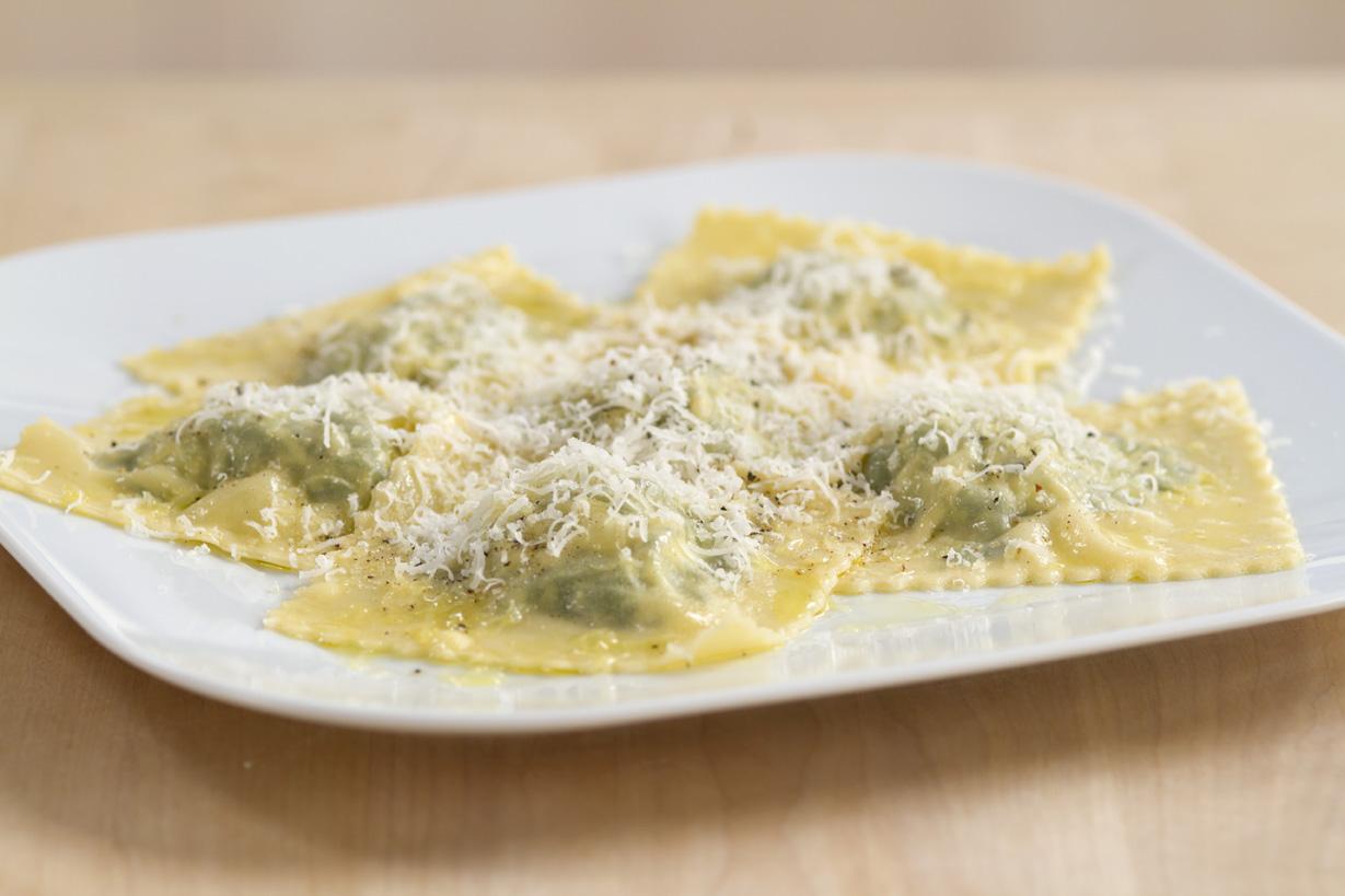 Ricetta Ravioli Con Ricotta.Come Cucinare I Ravioli Ricotta E Spinaci Sale Pepe