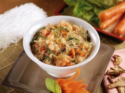 spaghetti di soia con gamberi e funghi ricetta