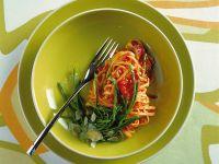 tagliolini agli asparagi selvatici Sale&Pepe ricetta