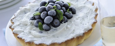 Crostata allo yogurt e mirtilli