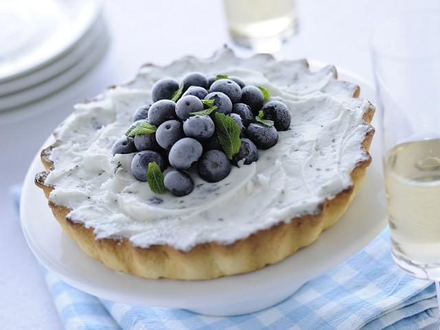 Crostata allo yogurt e mirtilli