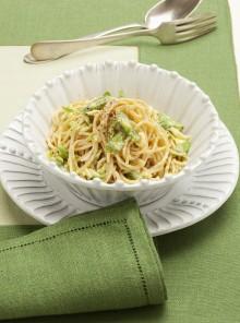 Carbonara di verdure e spaghetti integrali
