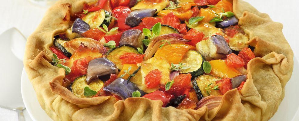 Torta salata con ratatouille e primosale